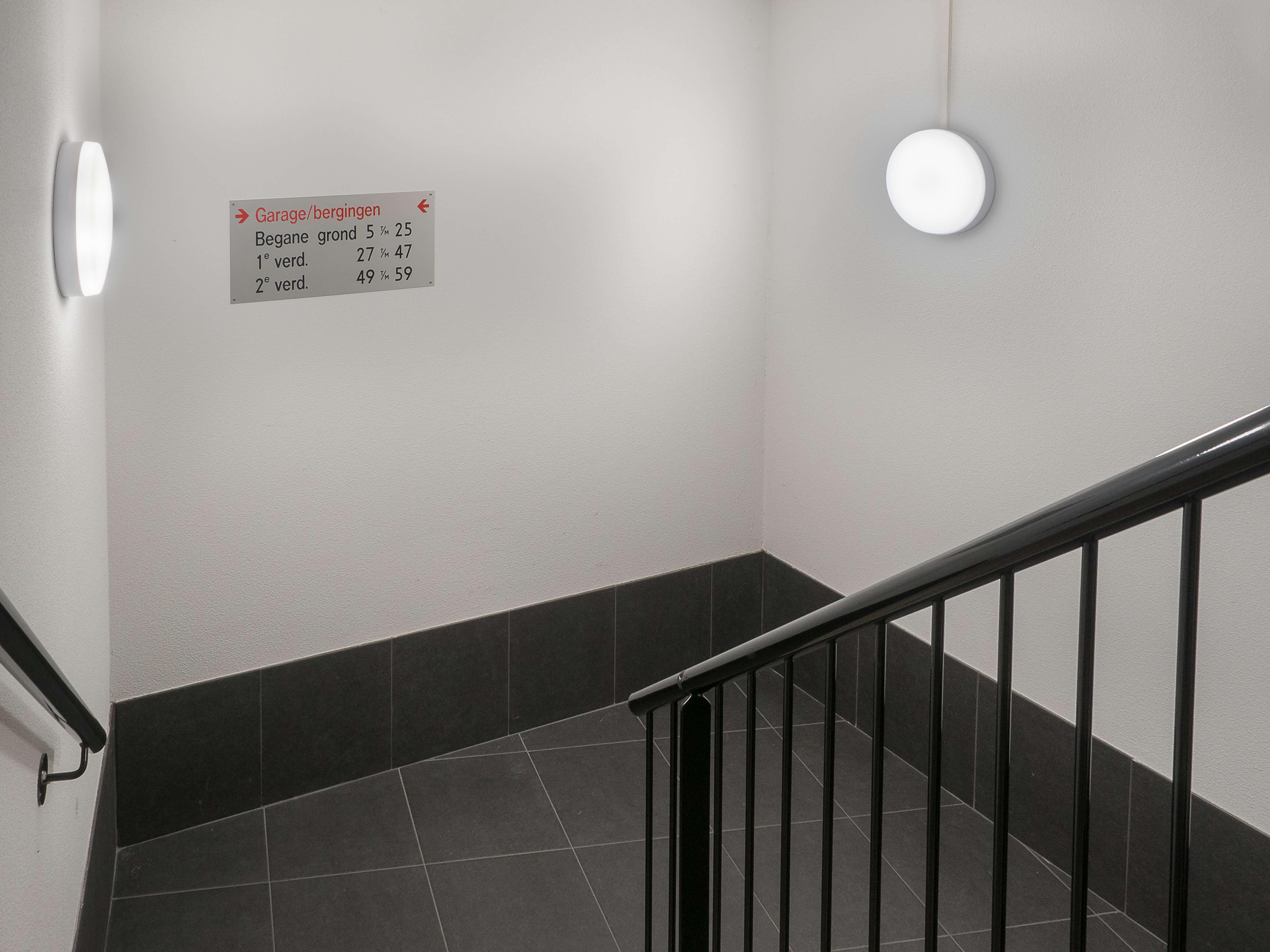 https://www.ib-steutel.nl/wp-content/uploads/2017/12/Rollandthof-LED-verlichting-parkeergarage-04.jpg