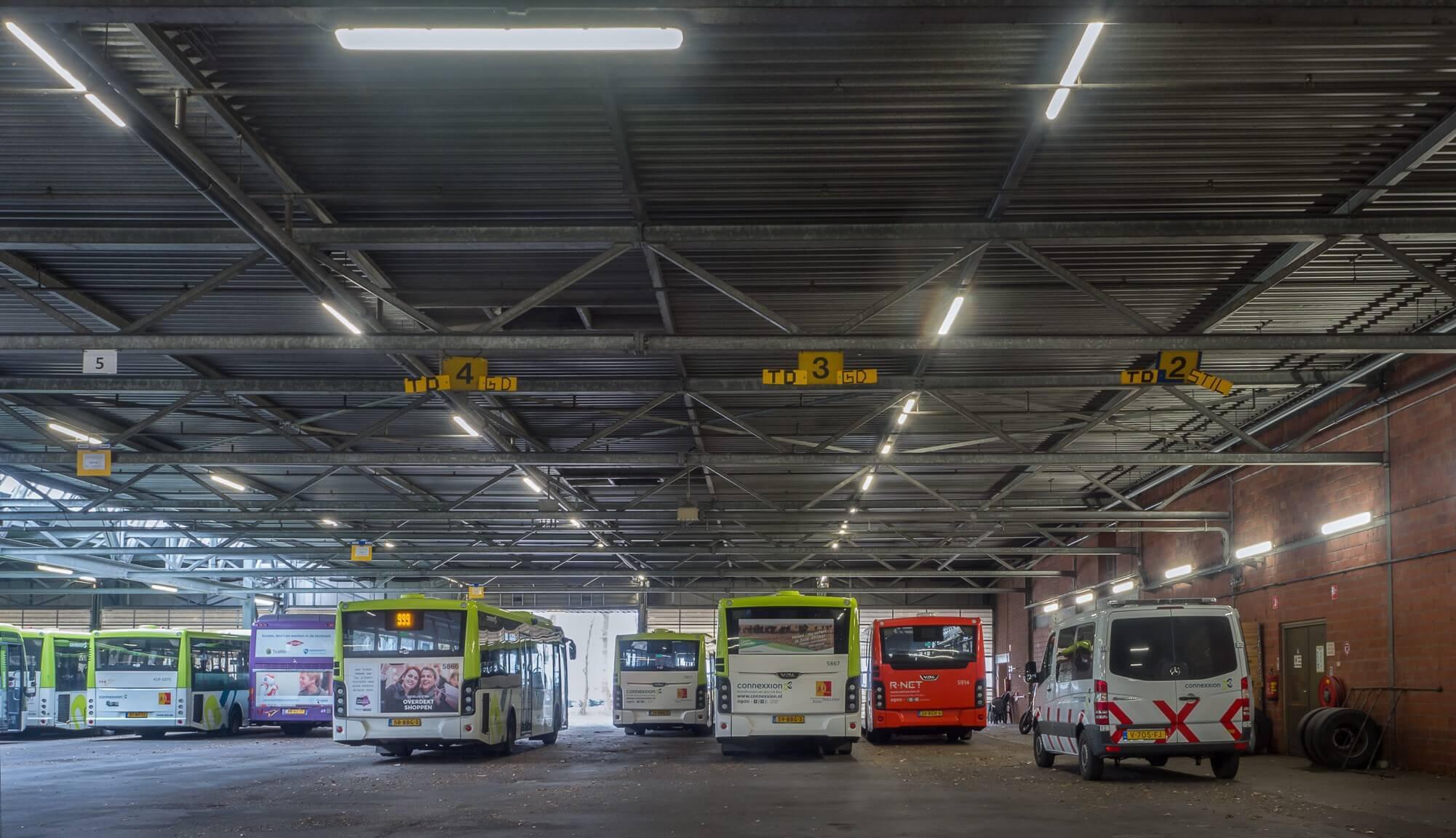Verlichting Voor Garage : Verlichting connexxion in heinenoord steutel installatietechniek